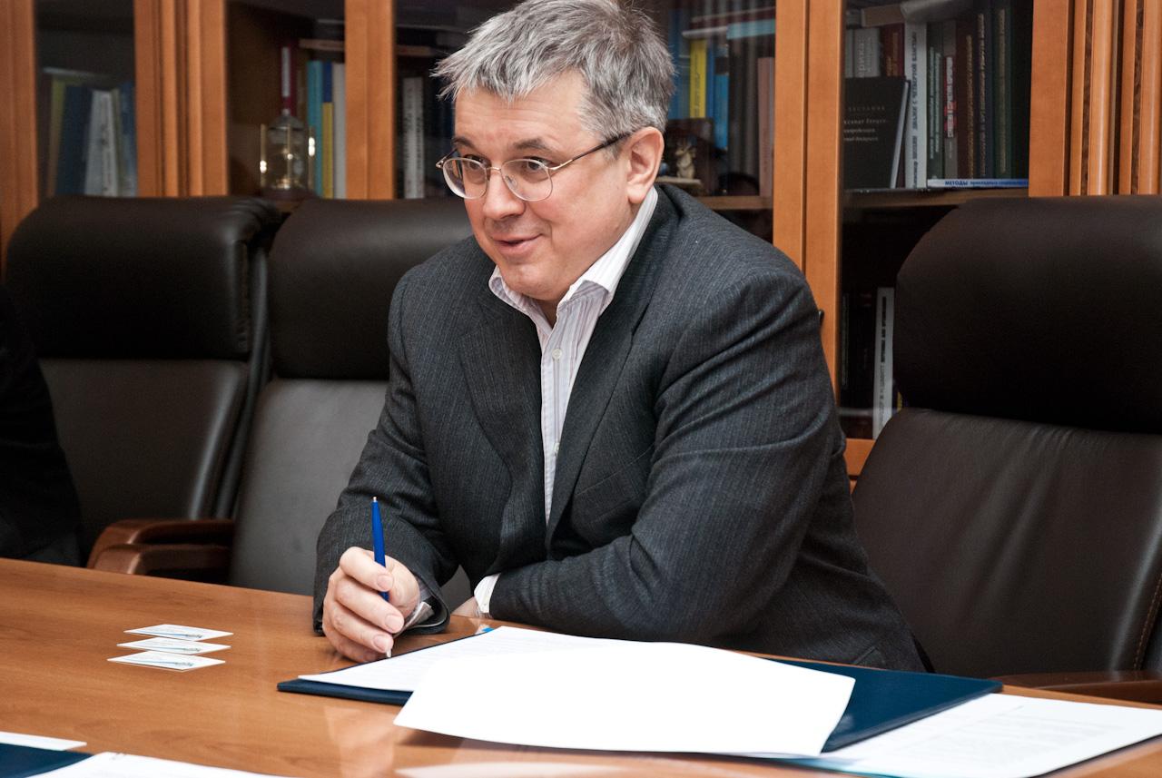Ректор вшэ ярослав кузьминов forexlis прибыльные паттерны