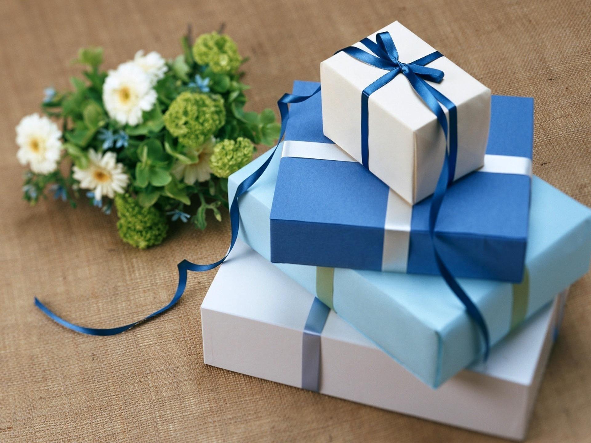 Подарок с днем рождения картинки
